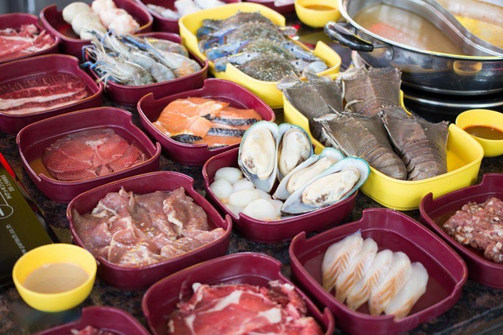 Сырые продукты для будущих блюд