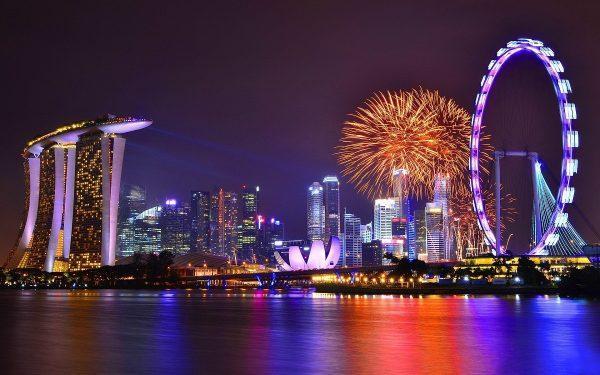 Ночная прогулка по Сингапуру