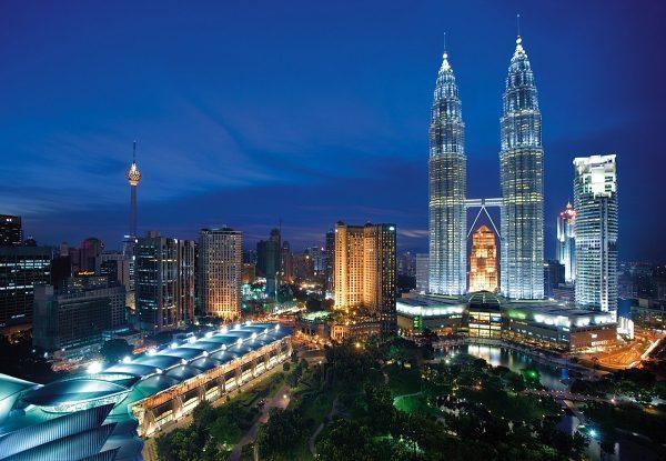 Вечерний Куала-Лумпур ждет гостей