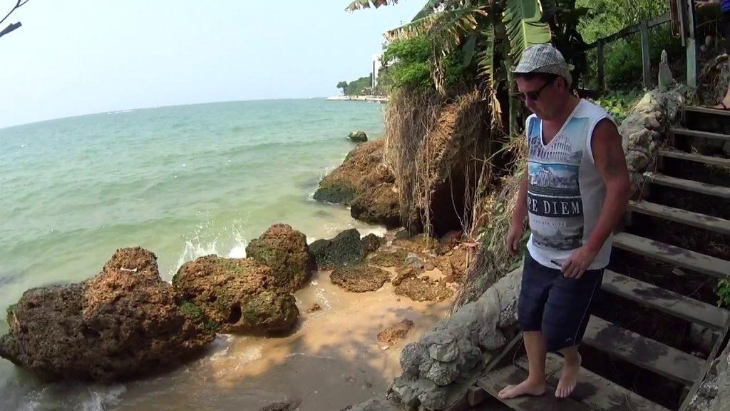 Уютный пляж Кози Бич