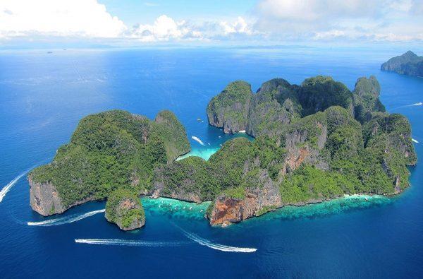 Красота острова архипелага Пхи Пхи