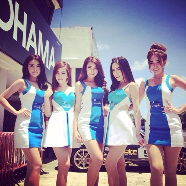 Фото красивых девушек таек из Бангкока и Паттайи