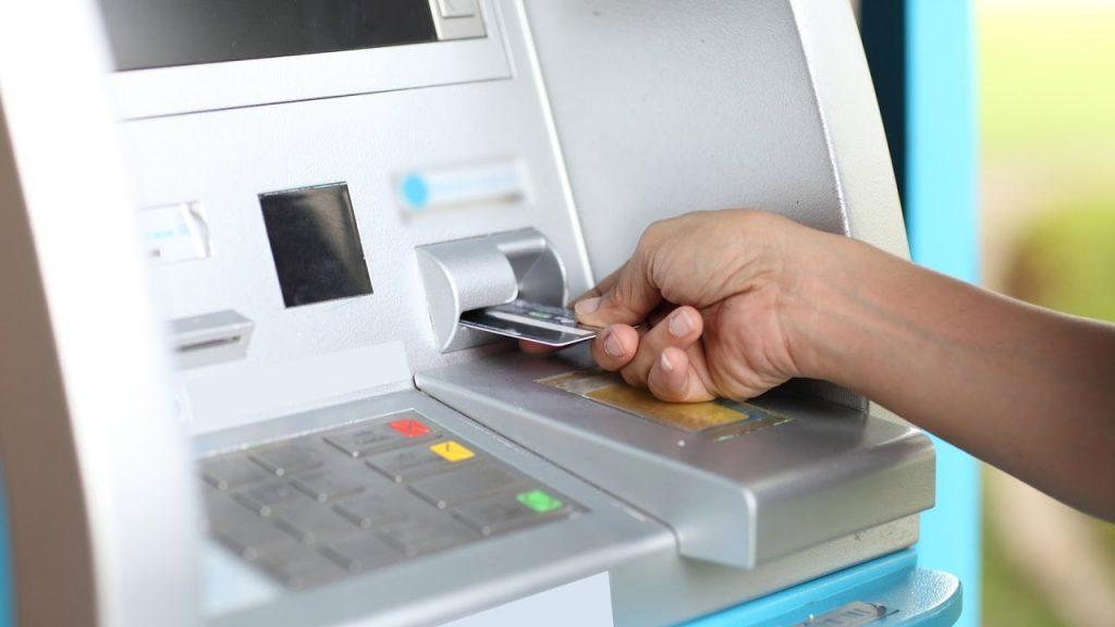 По вашей банковской карте в Таиланде можно получить баты