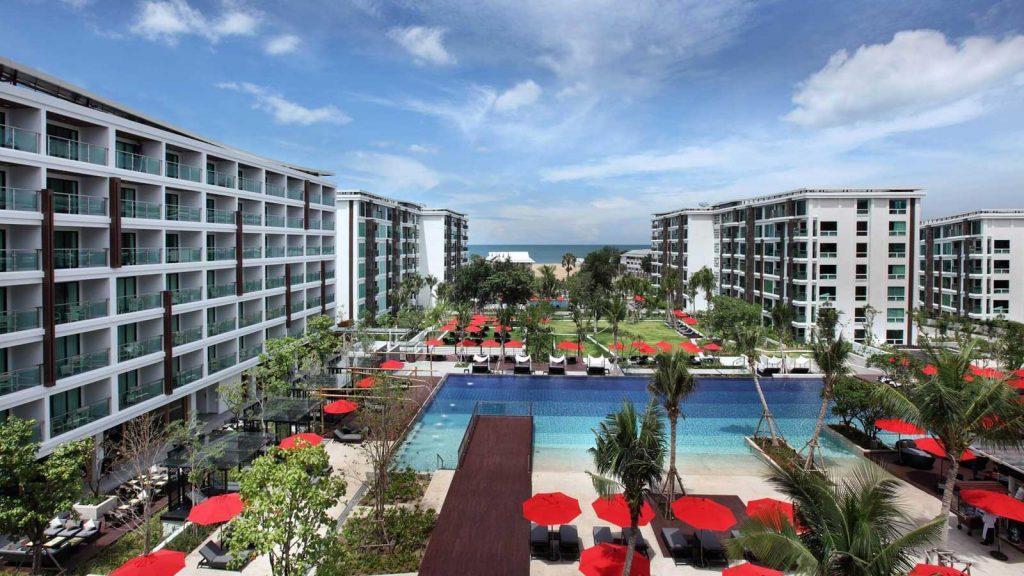 Красочный отель Амари в Хуа Хине